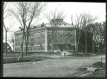 Currier Hall, 1915.